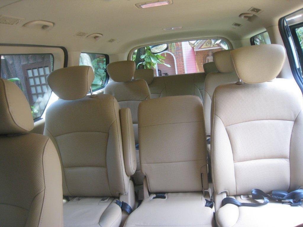vehicules de location avec conducteur voiture car van bus. Black Bedroom Furniture Sets. Home Design Ideas